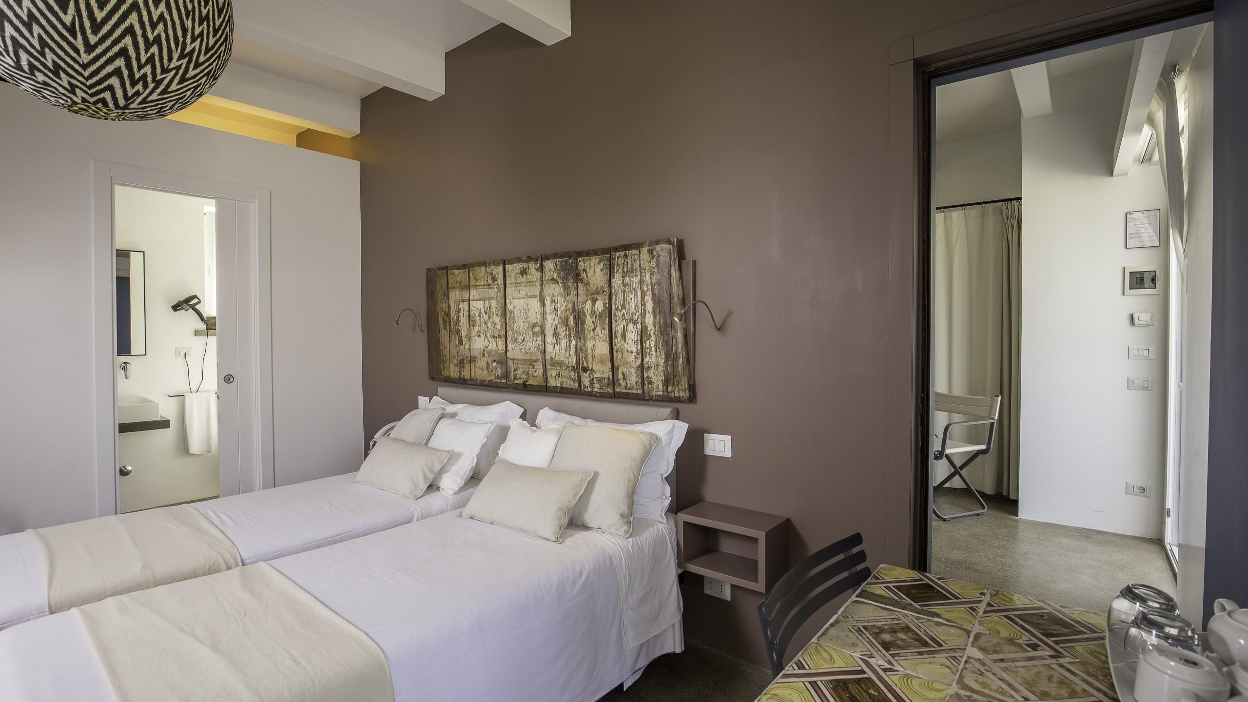Intorno-al-Fico-Beach-hotel-fiumicino-rooms-075